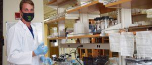 Tyler Kunze in lab
